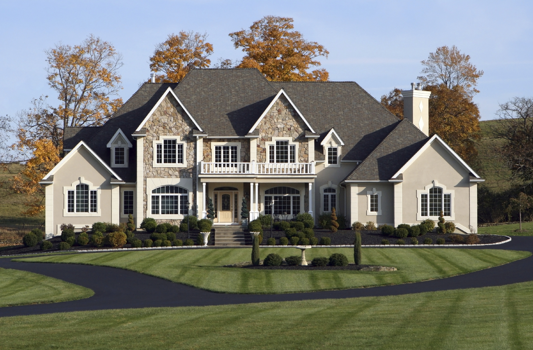 Growing public resentment of wealth creates disturbing for Huge houses